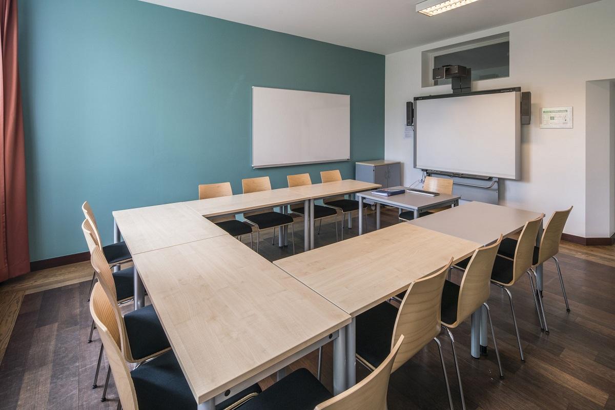 German Language School Courses Vacation Study At Gls Berlin  # Muebles German Cordoba Capital